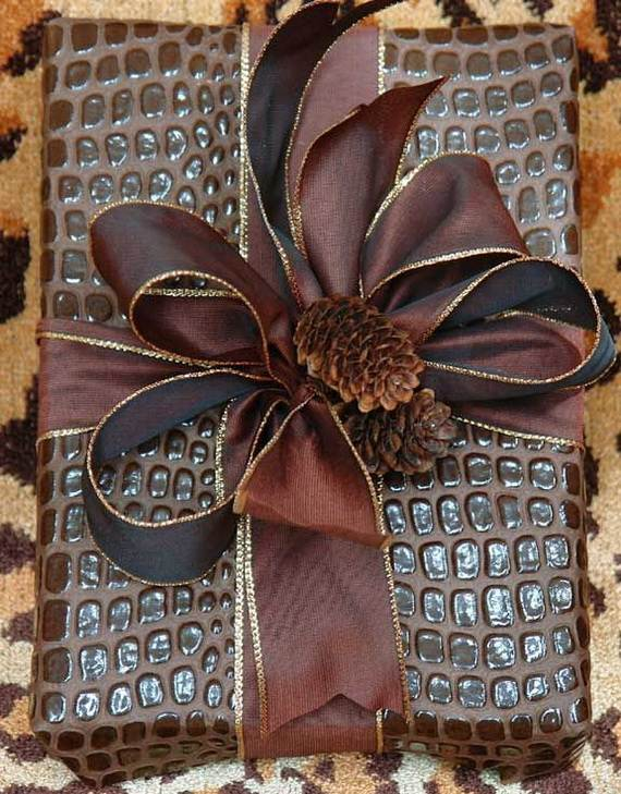 40-Awesome-Pinecone-Decorations-For-the-holidays-39