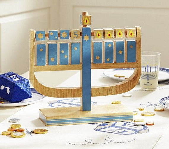 Classic and Elegant Hanukkah decor ideas_28