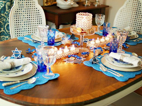 Classic and Elegant Hanukkah decor ideas_60
