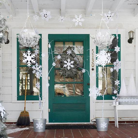 cool diy decorating ideas for christmas front porch_06