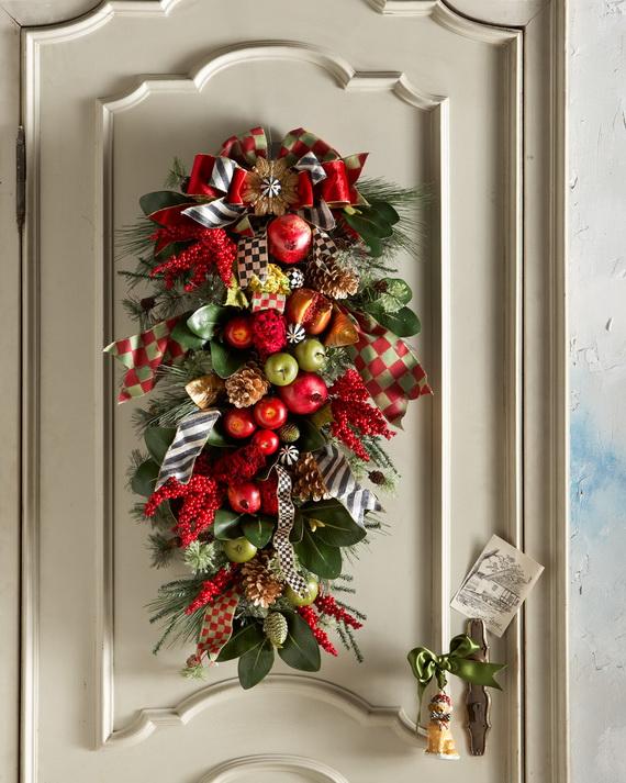 High Quality Cozy Christmas Decoration Ideas Bringing The Christmas Spirit_03