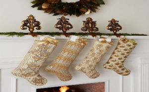 Creative Holiday In Gold Decorating Ideas_