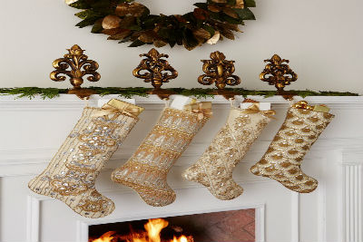 45 Creative Holiday In Gold Decorating Ideas