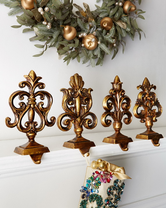 Creative Holiday In Gold Decorating Ideas_17