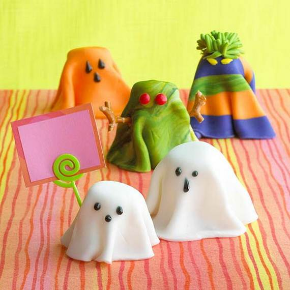 Creepy-Halloween-Ideas-50-Edible-Decorations-for-Halloween-Party-Table_06