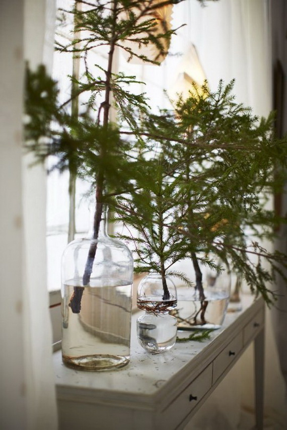 Festive Holiday Decor Ideas for Small Spaces (23)