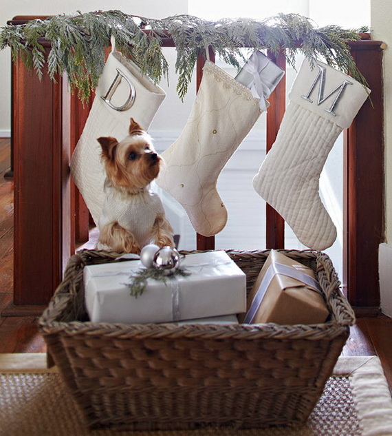 Festive Holiday Decor Ideas for Small Spaces (33)