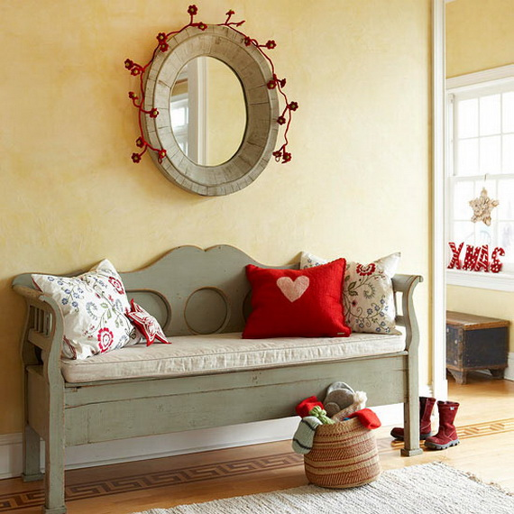 Festive Holiday Decor Ideas for Small Spaces (8)