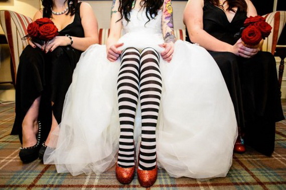 Gorgeous Halloween Wedding Shoes Inspirations For a Spooky Big Day_47