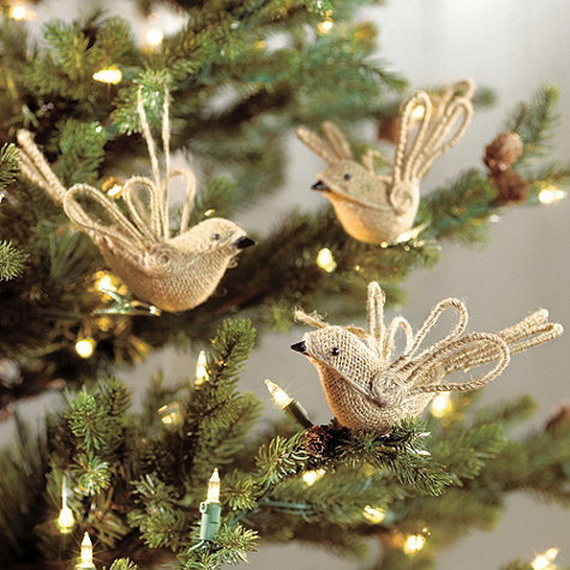 How to Decorate a Christmas Tree Traditionally In Easy Steps_1