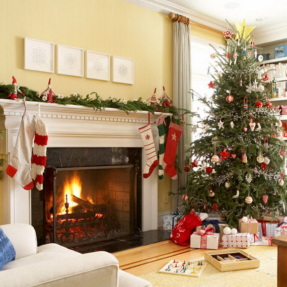 How to Decorate a Christmas Tree Traditionally In Easy Steps_23
