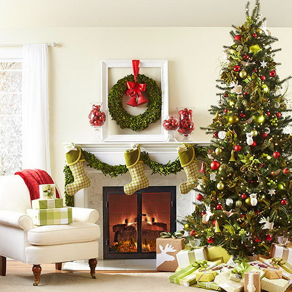 How to Decorate a Christmas Tree Traditionally In Easy Steps_54