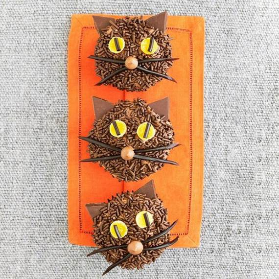spooky-halloween-treats-and-sweets-ideas-for-kids-14