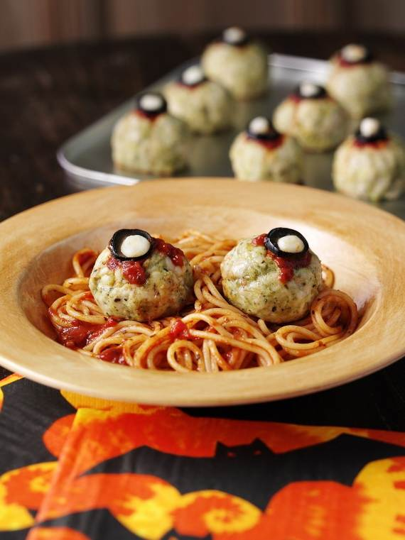 spooky-halloween-treats-and-sweets-ideas-for-kids-40