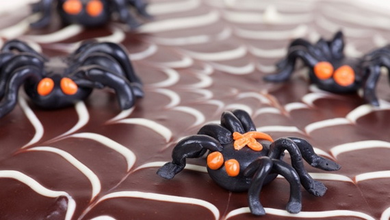 Sweet and salty Edible Halloween Decoration Ideas for kids _20
