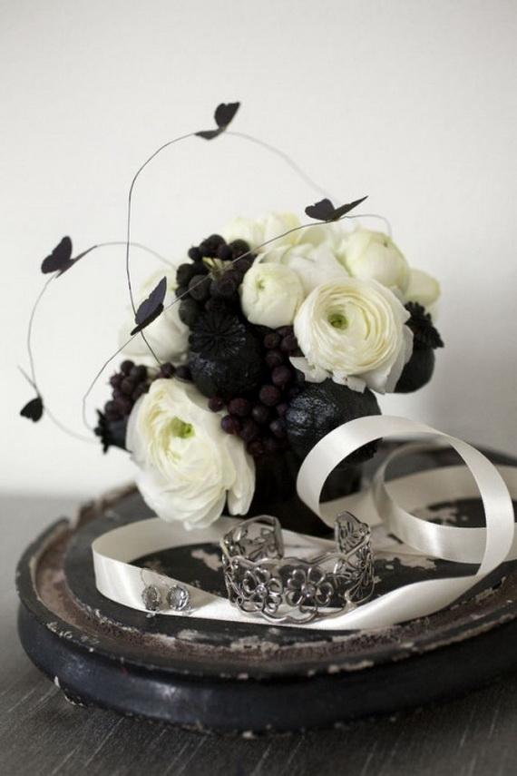 Whimsical Spooky Halloween Table Decoration Wedding Ideas _17