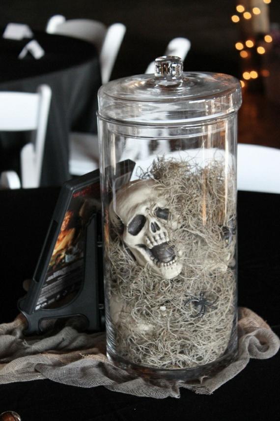 Whimsical Spooky Halloween Table Decoration Wedding Ideas _26