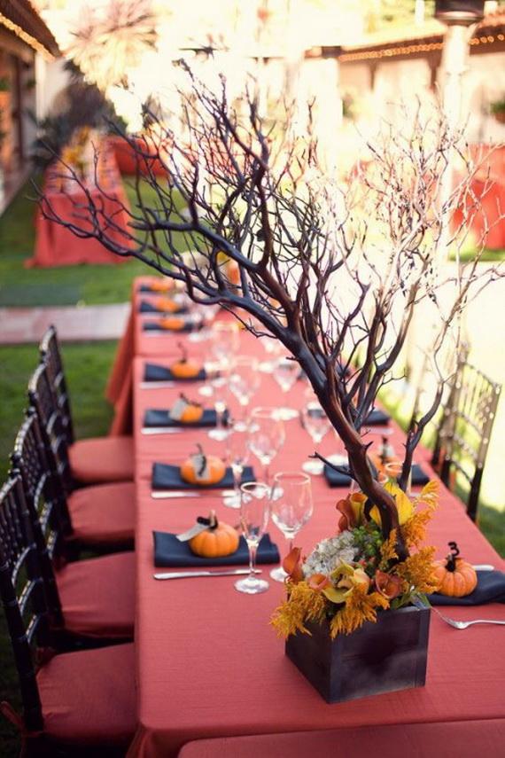 Whimsical Spooky Halloween Table Decoration Wedding Ideas _50