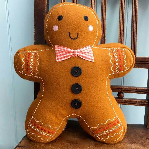 ginger-bread-man-cushion