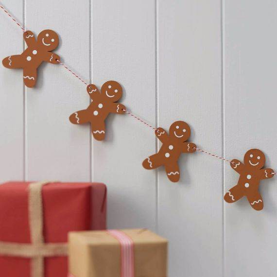 wooden-gingerbread-man-christmas-bunting