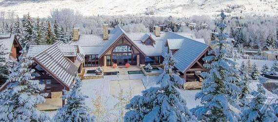spectacular-aspen-villa-in-the-heart-of-town-villa-chepita_021