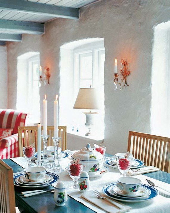 25 Amazing Christmas Dinner Table Decoration Ideas  ~ 021447_Christmas Decorating Ideas For Dinner Table