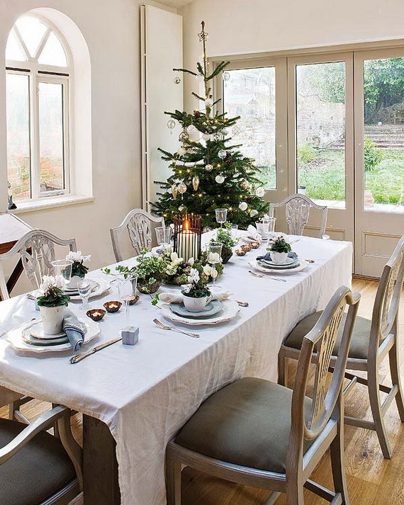 Amazing Christmas Dinner Table Decoration Ideas_15