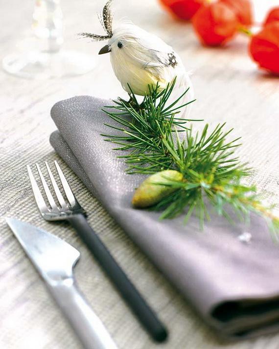 Amazing Christmas Dinner Table Decoration Ideas_21