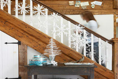 50 Creative Christmas Snowflake Decorating Ideas