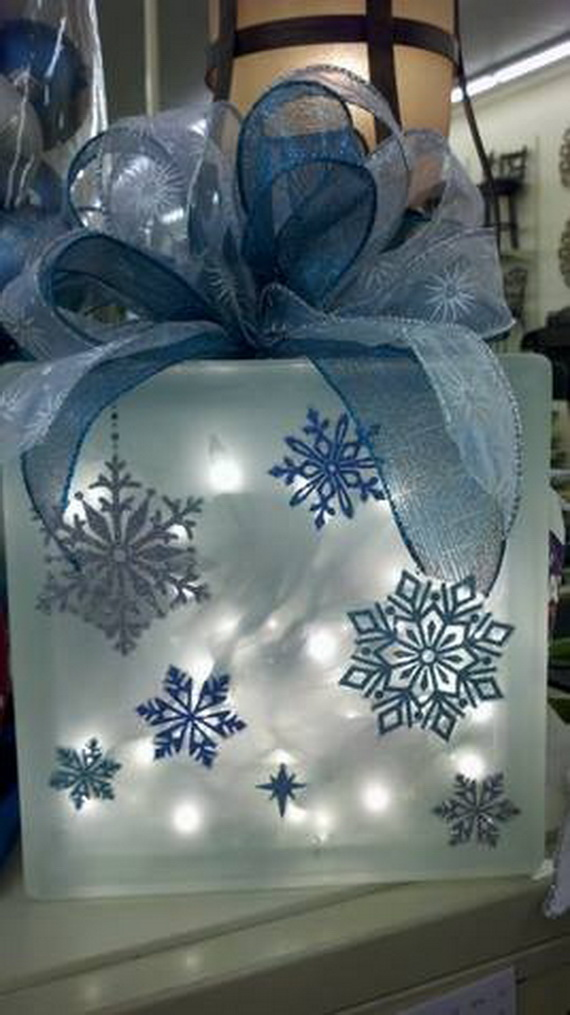 Creative Christmas Snowflake Decorating Ideas_018