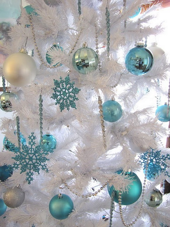 Creative Christmas Snowflake Decorating Ideas_031