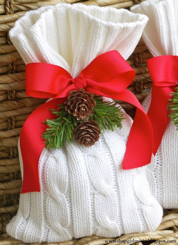 Cute And Cozy Knitted Christmas Decorations_04