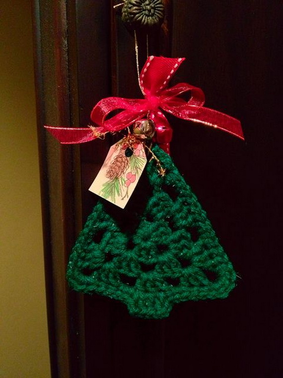 Cute And Cozy Knitted Christmas Decorations_08