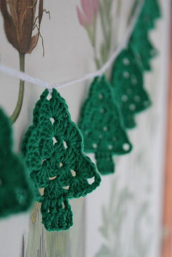 Cute And Cozy Knitted Christmas Decorations_12
