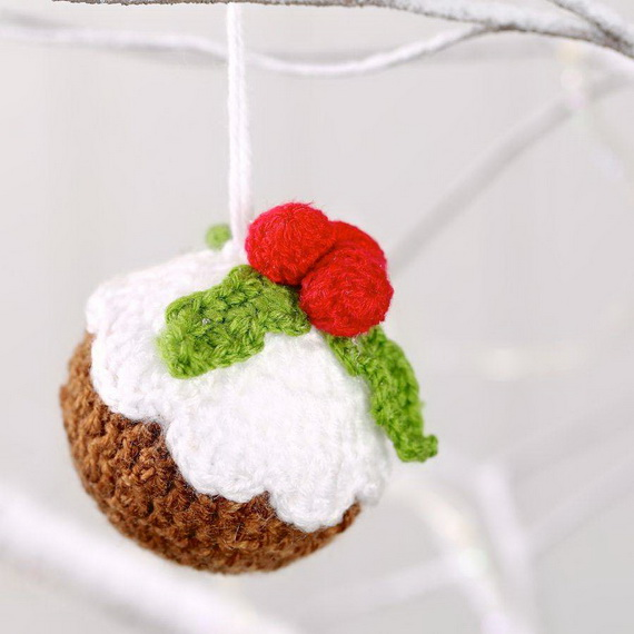 Cute And Cozy Knitted Christmas Decorations_53