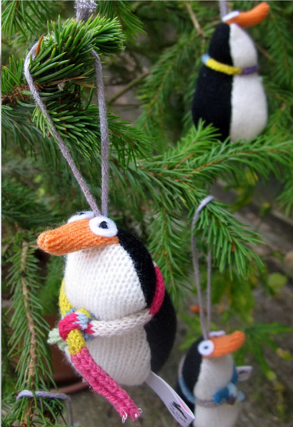 Cute And Cozy Knitted Christmas Decorations_58