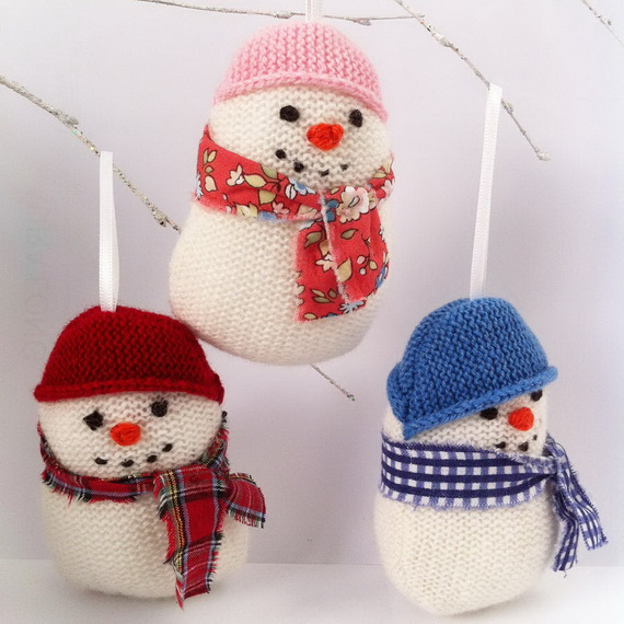 Cute And Cozy Knitted Christmas Decorations_59