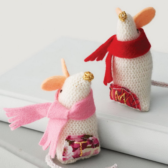 60 cute and cozy knitted christmas decorations family for Cute christmas decorations