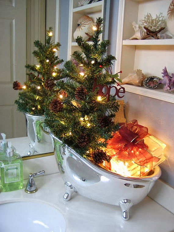 Festive Bathroom Decorating Ideas For Christmas_23