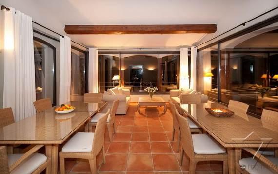 luxury-holiday-villa-rental-near-the-beach-in-st-tropez-villa-bella-_07
