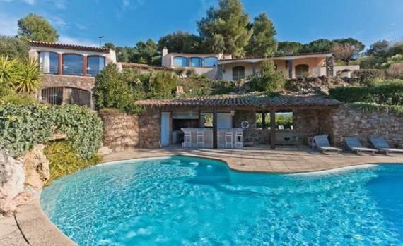 luxury-holiday-villa-rental-near-the-beach-in-st-tropez-villa-bella-_151