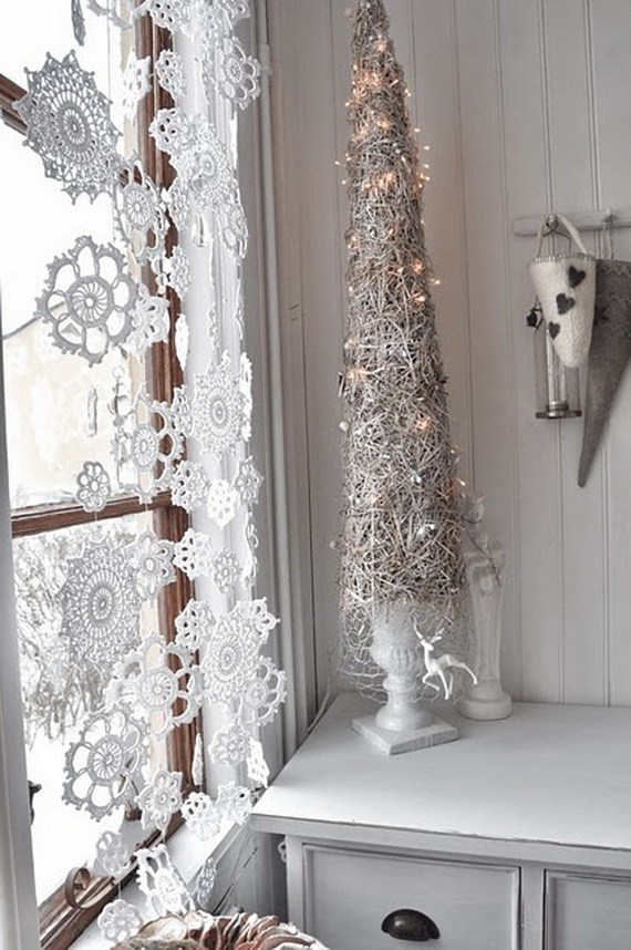 Snowflakes Inspiration Favorite Christmas Decorating Ideas (23)