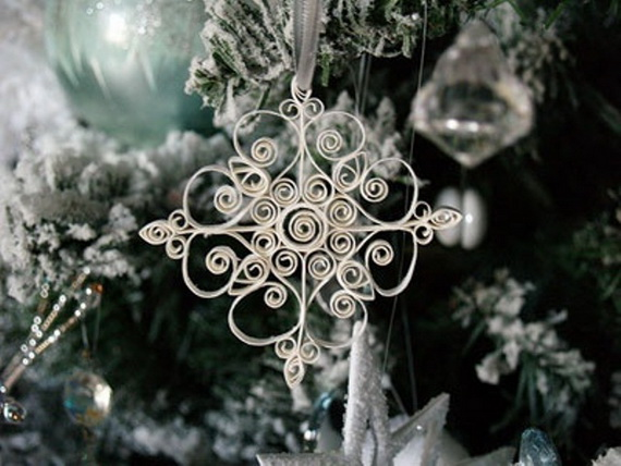 Snowflakes Inspiration Favorite Christmas Decorating Ideas (28)