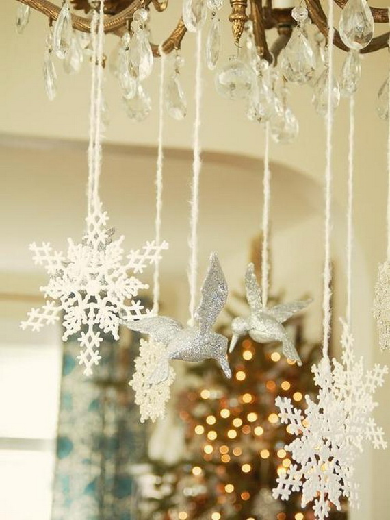 Snowflakes Inspiration Favorite Christmas Decorating Ideas (33)