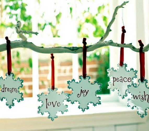 Snowflakes Inspiration Favorite Christmas Decorating Ideas (6)