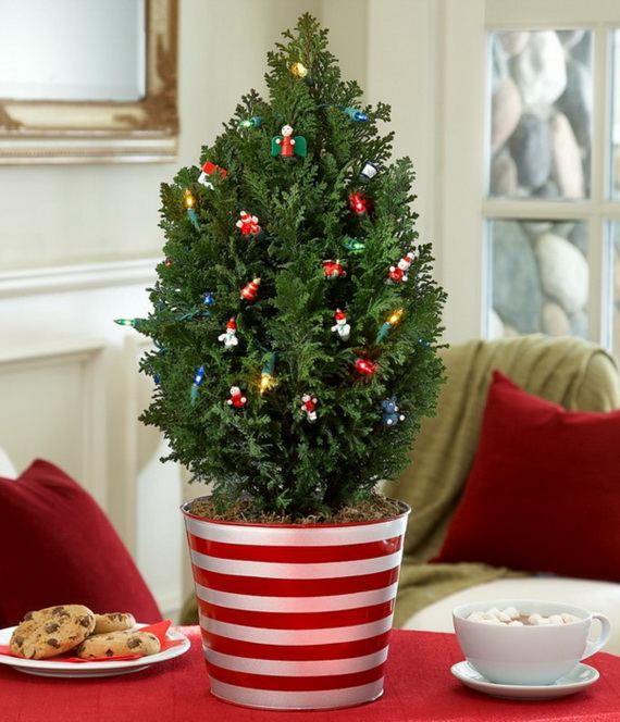 Stylish-Christmas-Tree-tabletop-christmas-trees-LED-garland_resize000
