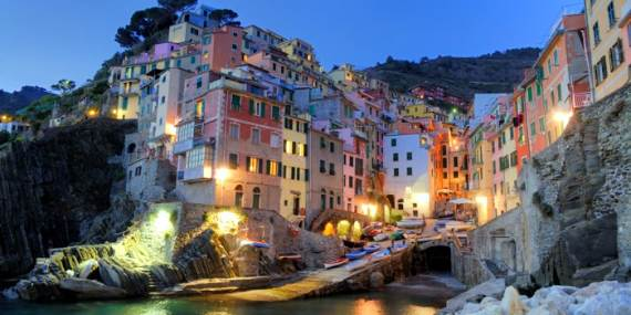 Explore-Stunning-The-Cinque-Terre-town-Of-Vernazza-On-The-Italian-Riviera-141