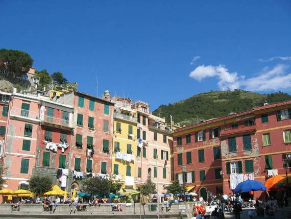 Explore-Stunning-The-Cinque-Terre-town-Of-Vernazza-On-The-Italian-Riviera-25