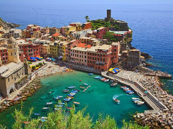 Explore-Stunning-The-Cinque-Terre-town-Of-Vernazza-On-The-Italian-Riviera-29