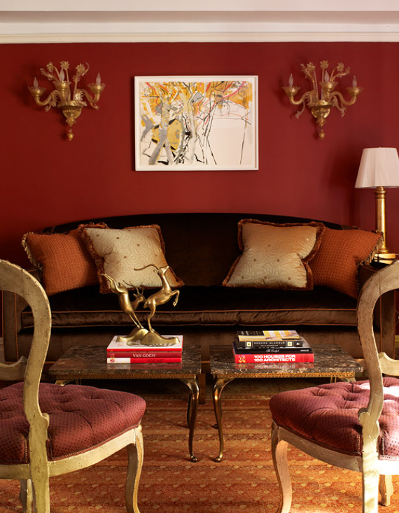 Hot Valentine Room Designs in Rich and Energetic Red Colors   (24)